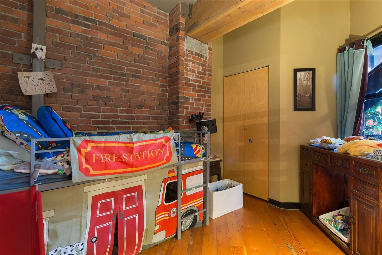 "Photo 11: PH6 1178 HAMILTON Street in Vancouver: Yaletown Condo for sale in ""THE HAMILTON"" (Vancouver West)  : MLS(r) # R2020115"