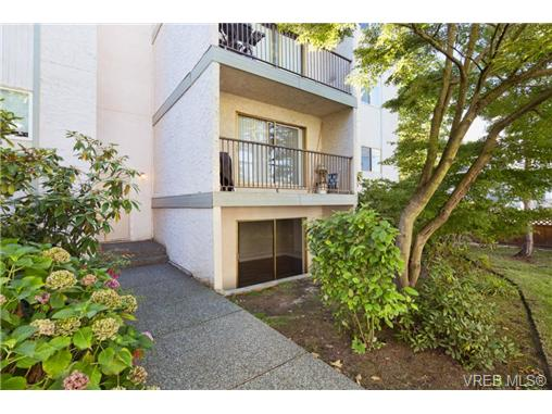 Photo 19: 10 3225 Eldon Place in VICTORIA: SW Rudd Park Condo Apartment for sale (Saanich West)  : MLS(r) # 358916