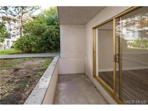 Photo 14: 10 3225 Eldon Place in VICTORIA: SW Rudd Park Condo Apartment for sale (Saanich West)  : MLS(r) # 358916