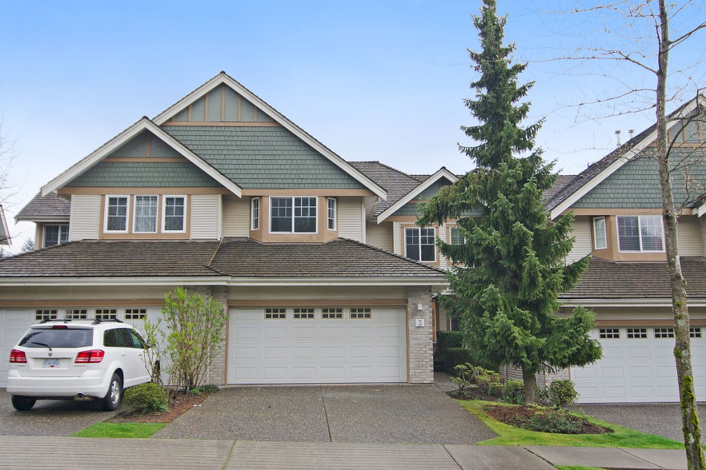 "Main Photo: 3 1765 PADDOCK Drive in Coquitlam: Westwood Plateau Townhouse for sale in ""Worthing Green"" : MLS®# R2056024"