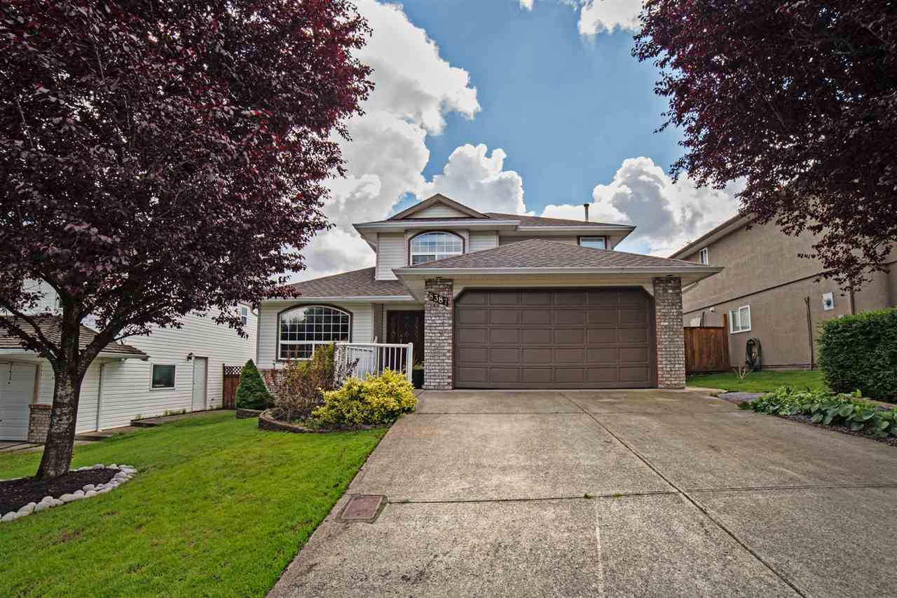 Main Photo: 8387 MILLER Crescent in Mission: Mission BC House for sale : MLS®# R2081797