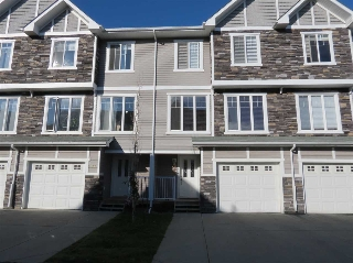 Main Photo: 35 9904 101 Avenue: Morinville Townhouse for sale : MLS(r) # E4038242