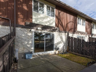 Main Photo: 17528 76 Avenue in Edmonton: Zone 20 Townhouse for sale : MLS(r) # E4042381
