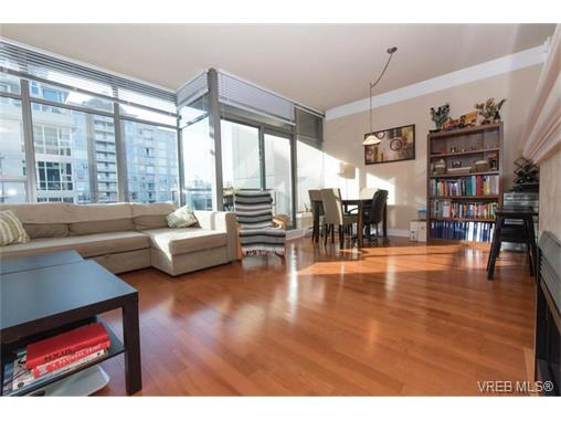 Photo 6: 404 845 Yates Street in VICTORIA: Vi Downtown Condo Apartment for sale (Victoria)  : MLS(r) # 374155