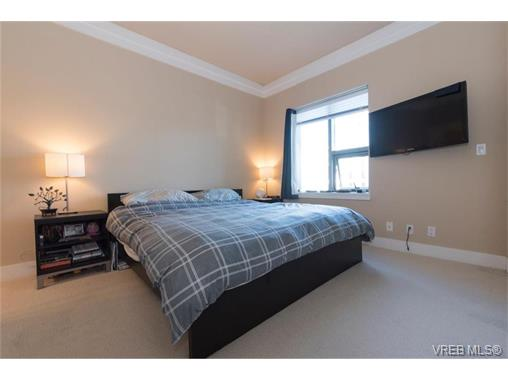 Photo 7: 404 845 Yates Street in VICTORIA: Vi Downtown Condo Apartment for sale (Victoria)  : MLS(r) # 374155
