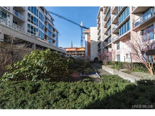 Photo 15: 404 845 Yates Street in VICTORIA: Vi Downtown Condo Apartment for sale (Victoria)  : MLS(r) # 374155