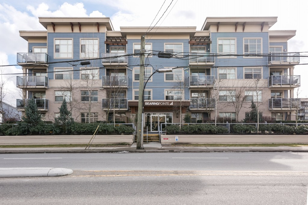 "Main Photo: 212 19936 56 Avenue in Langley: Langley City Condo for sale in ""BEARING POINTE"" : MLS®# R2144608"