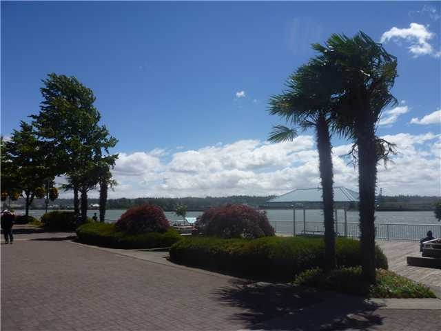 "Photo 17: 1606 10 LAGUNA Court in New Westminster: Quay Condo for sale in ""LAGUNA LANDING"" : MLS® # R2149648"