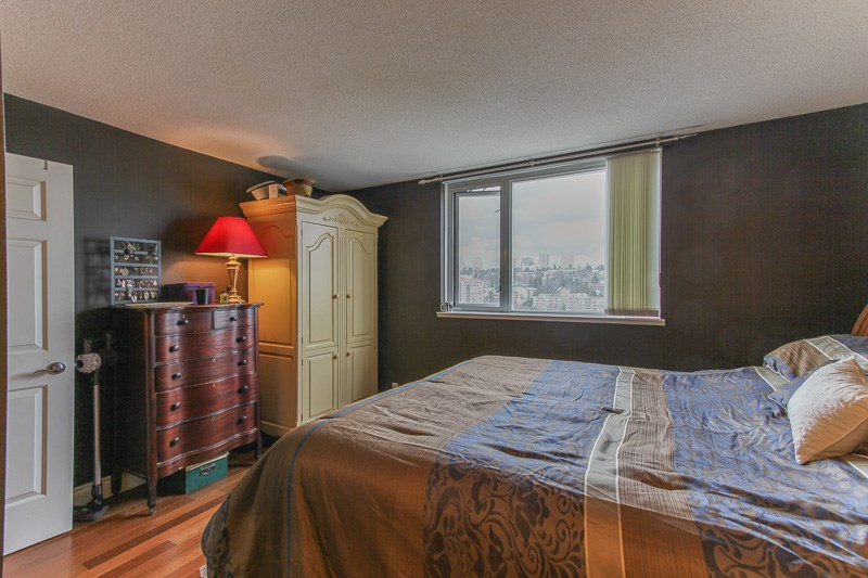 "Photo 10: 1606 10 LAGUNA Court in New Westminster: Quay Condo for sale in ""LAGUNA LANDING"" : MLS® # R2149648"
