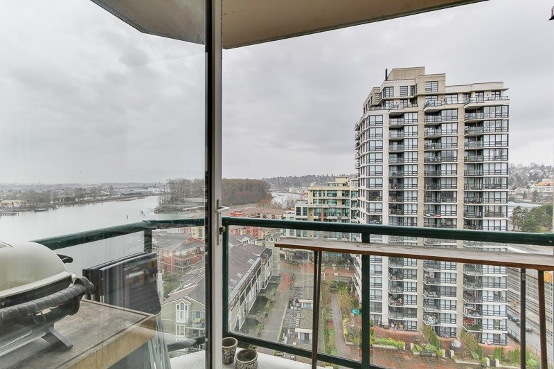 "Photo 3: 1606 10 LAGUNA Court in New Westminster: Quay Condo for sale in ""LAGUNA LANDING"" : MLS® # R2149648"