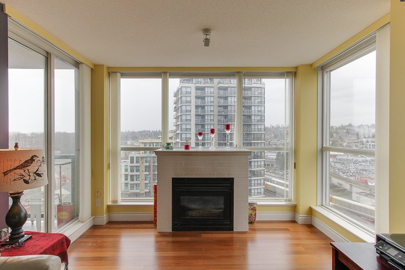 "Photo 5: 1606 10 LAGUNA Court in New Westminster: Quay Condo for sale in ""LAGUNA LANDING"" : MLS® # R2149648"