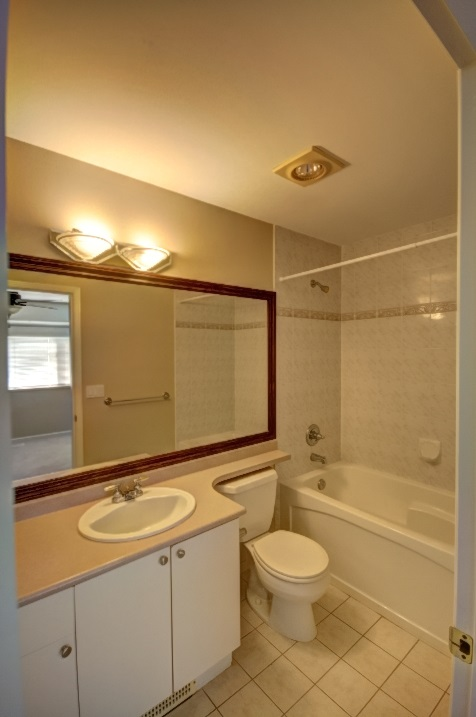 "Photo 14: 127 20820 87 Avenue in Langley: Walnut Grove Townhouse for sale in ""THE SICAMORES"" : MLS® # R2156587"