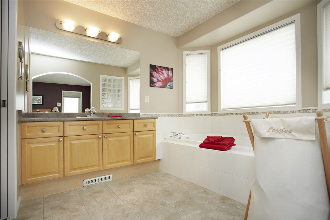 Photo 19: 14128 129 Street in Edmonton: Zone 27 House for sale : MLS(r) # E4063116