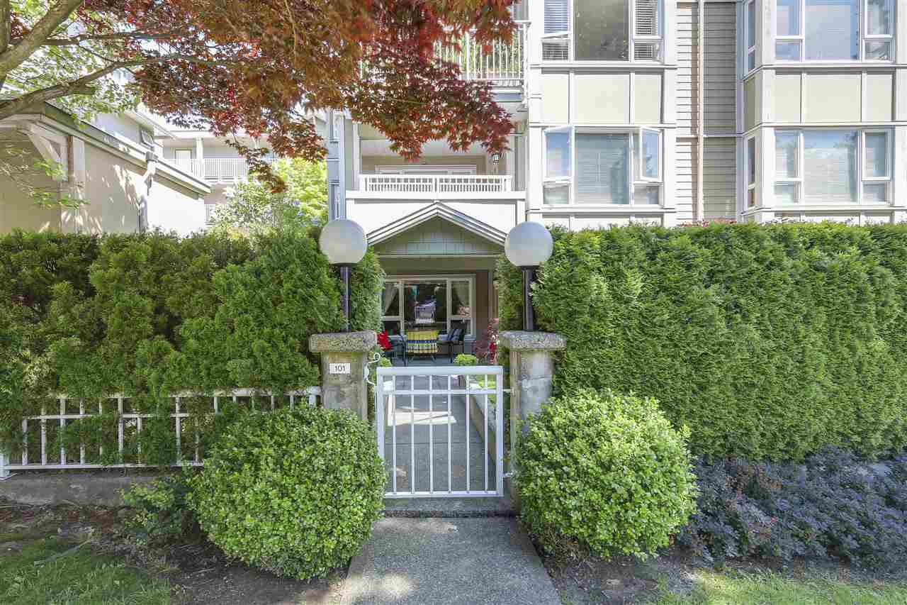 "Photo 2: 101 937 W 14TH Avenue in Vancouver: Fairview VW Condo for sale in ""Villa 937"" (Vancouver West)  : MLS® # R2169797"