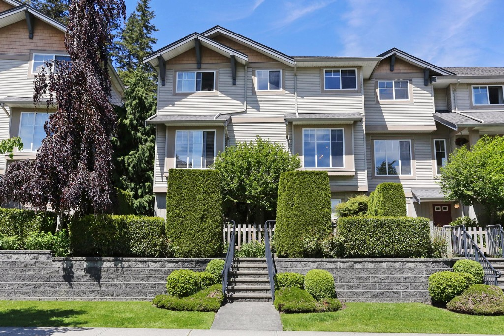 "Main Photo: 5 5839 PANORAMA Drive in Surrey: Sullivan Station Townhouse for sale in ""Forest Gate"" : MLS(r) # R2170458"