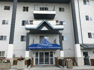 Main Photo: 133 9620 174 Street in Edmonton: Zone 20 Condo for sale : MLS(r) # E4071322
