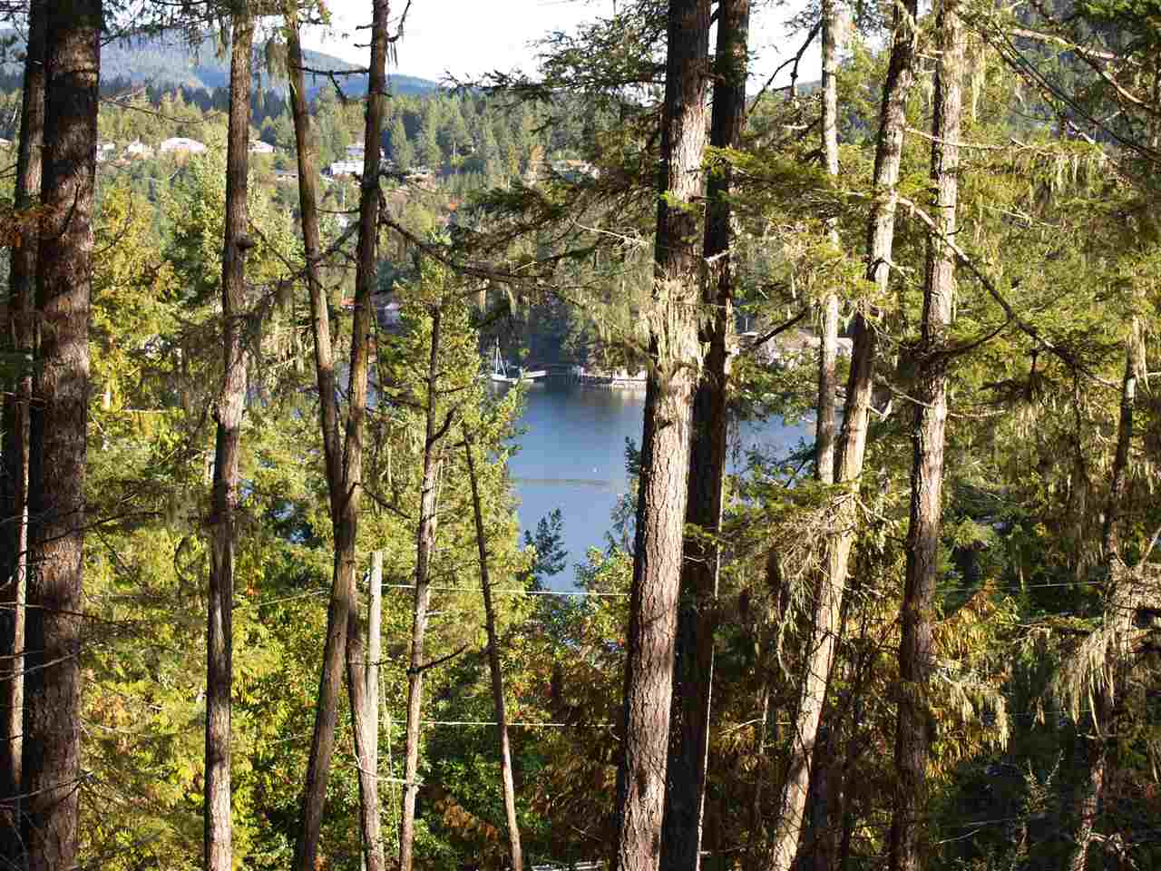"Photo 1: Photos: LOT B FRANCIS PENINSULA Road in Madeira Park: Pender Harbour Egmont Home for sale in ""Beaver Island"" (Sunshine Coast)  : MLS®# R2209164"