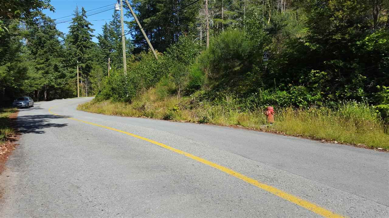 "Photo 4: Photos: LOT B FRANCIS PENINSULA Road in Madeira Park: Pender Harbour Egmont Home for sale in ""Beaver Island"" (Sunshine Coast)  : MLS®# R2209164"