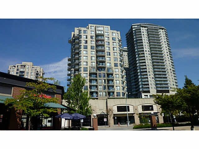 "Main Photo: 807 55 TENTH Street in New Westminster: Downtown NW Condo for sale in ""WESTMINSTER TOWERS"" : MLS®# R2210891"