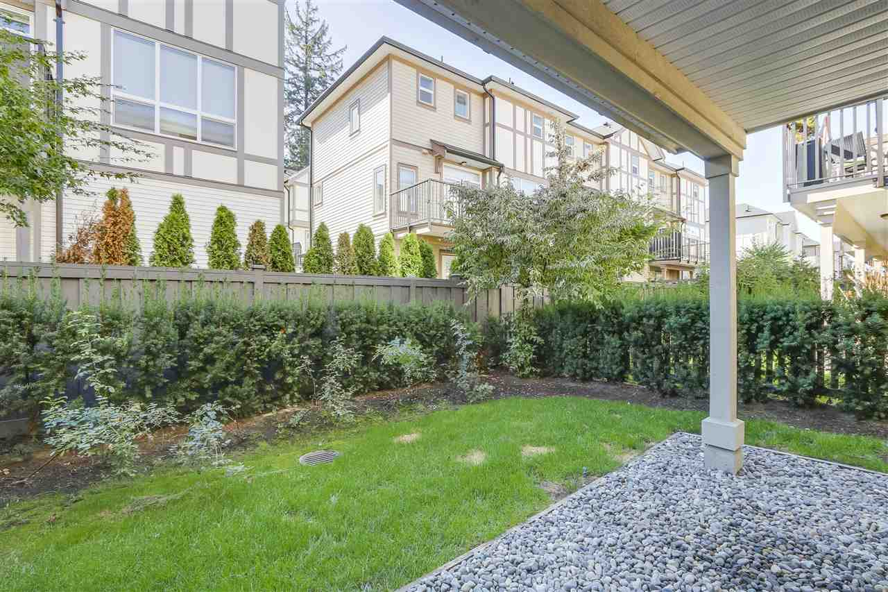 "Photo 15: Photos: 125 7938 209 Street in Langley: Willoughby Heights Townhouse for sale in ""Red Maple Park"" : MLS® # R2214136"