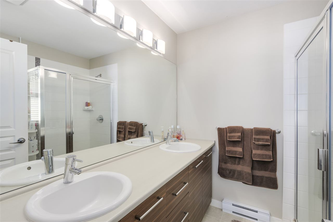 "Photo 12: Photos: 125 7938 209 Street in Langley: Willoughby Heights Townhouse for sale in ""Red Maple Park"" : MLS® # R2214136"
