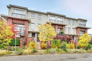 "Main Photo: 2818 WATSON Street in Vancouver: Mount Pleasant VE Townhouse for sale in ""DOMAIN"" (Vancouver East)  : MLS® # R2216367"