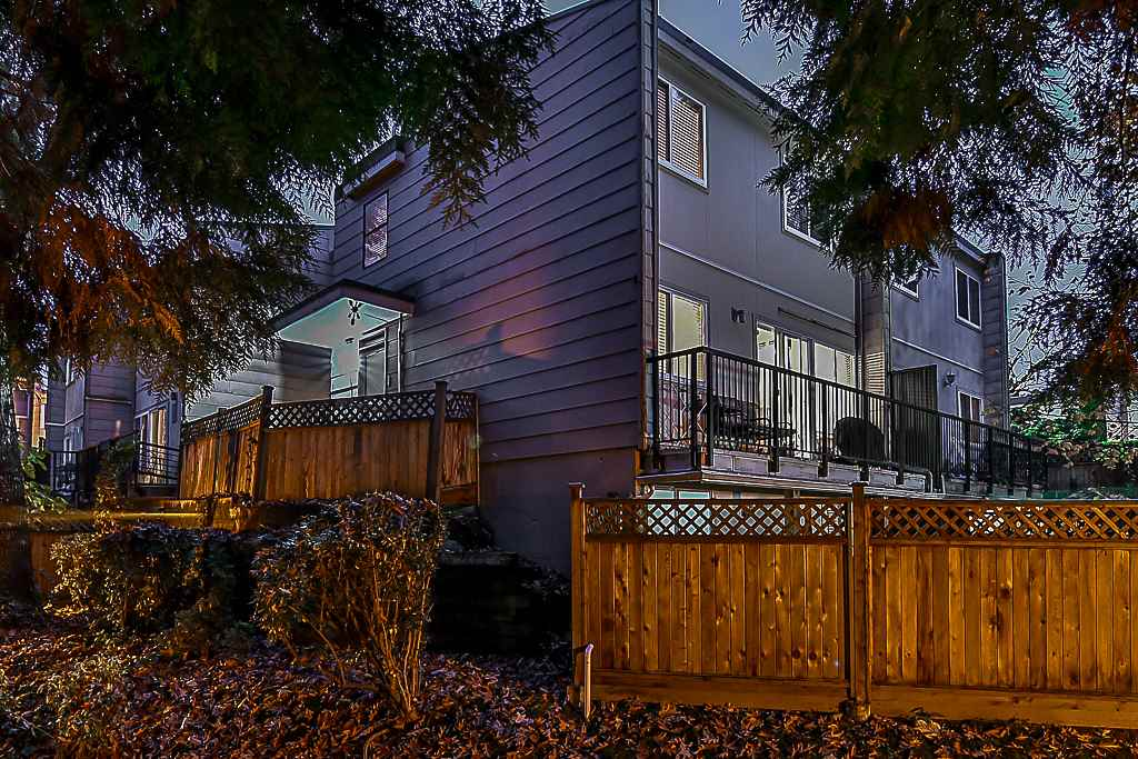 "Main Photo: 59 10535 153 Street in Surrey: Guildford Townhouse for sale in ""Guildford Mews"" (North Surrey)  : MLS® # R2219570"