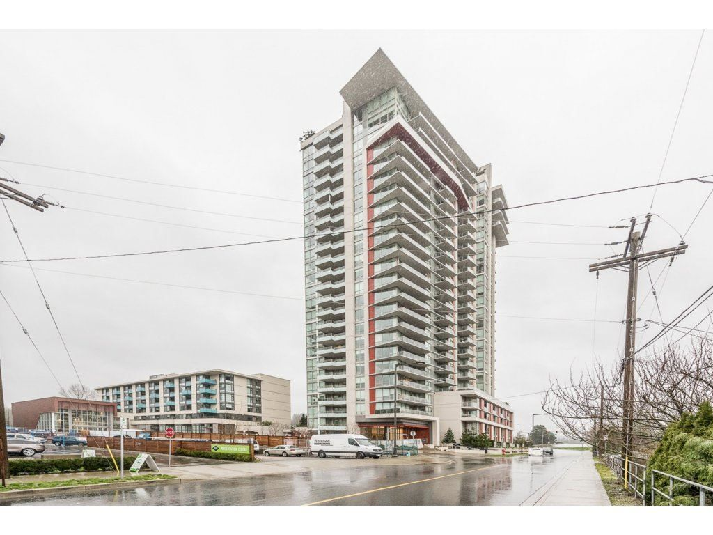 "Main Photo: 304 1550 FERN Street in North Vancouver: Lynnmour Condo for sale in ""BEACON AT SEYLYNN VILLAGE"" : MLS® # R2237173"