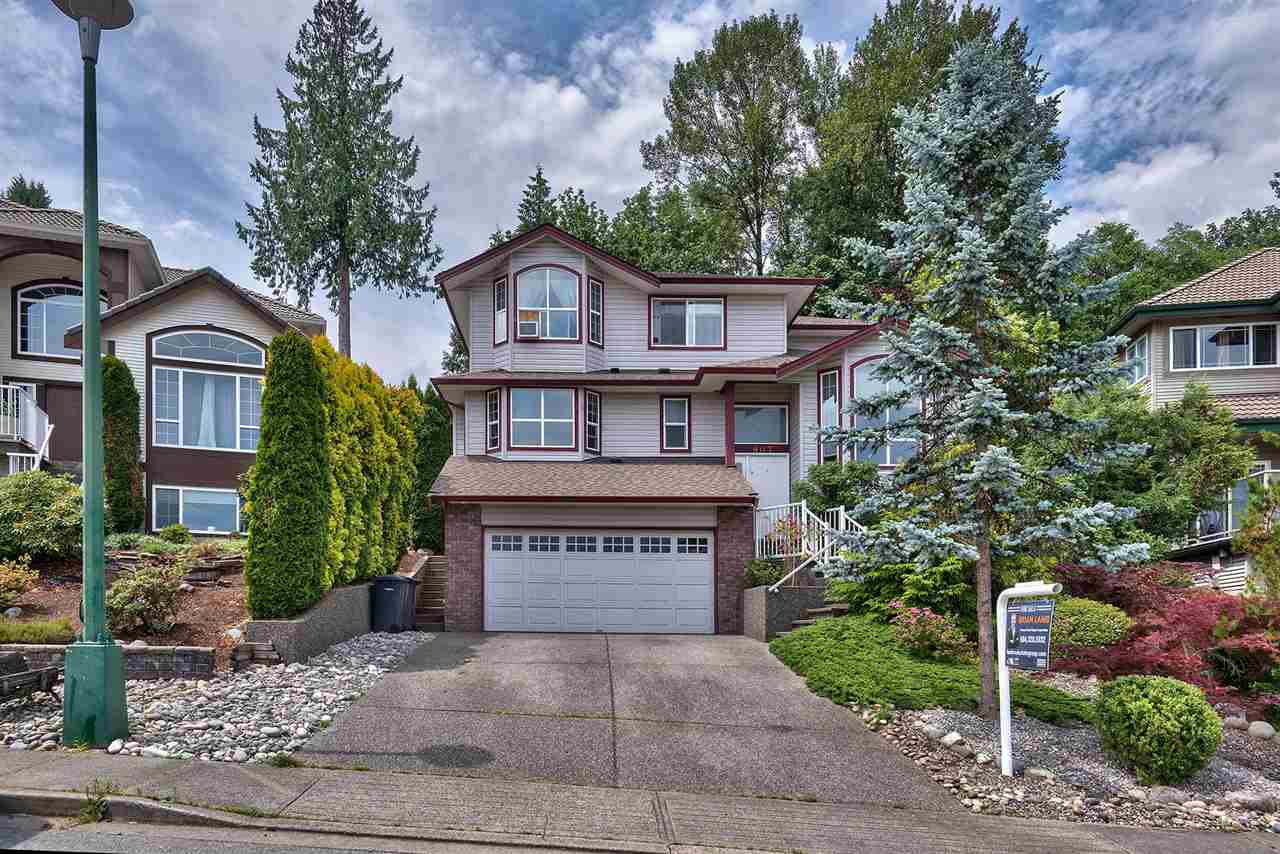 Main Photo: 2907 KEETS Drive in Coquitlam: Ranch Park House for sale : MLS®# R2301071