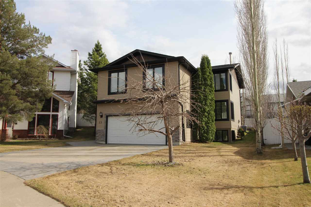 Main Photo: 13 HICKORY Crescent: Sherwood Park House for sale : MLS®# E4130958