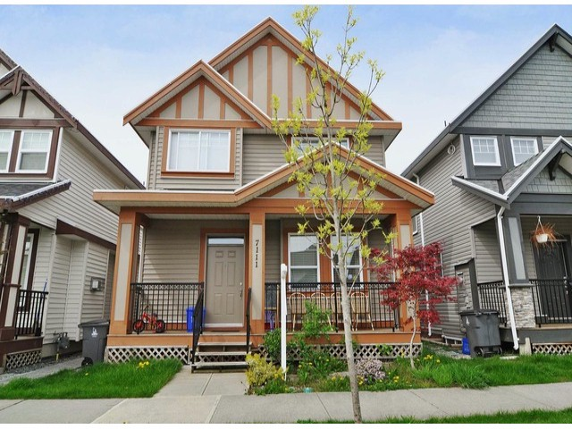 Main Photo: 7111 195a St. in Cloverdale: Cloverdale BC House for sale : MLS® # F1309894