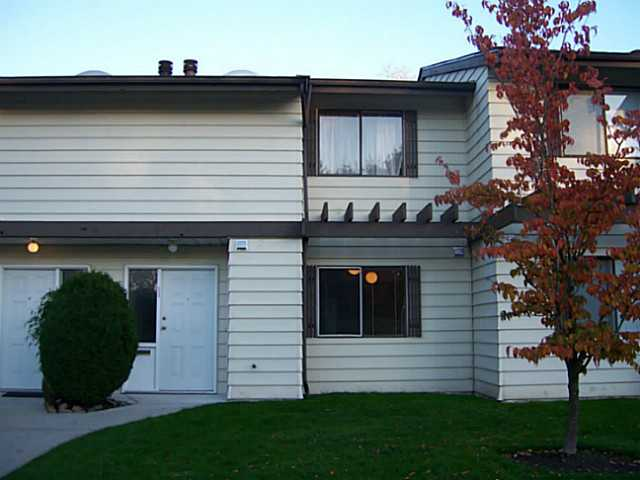"Main Photo: 56 4800 TRIMARAN Drive in Richmond: Steveston South Townhouse for sale in ""BIRCHWOOD ESTATES"" : MLS® # V1031044"