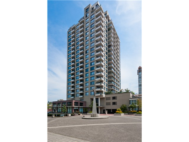 "Main Photo: 2006 1 RENAISSANCE Square in New Westminster: Quay Condo for sale in ""THE Q"" : MLS® # V1043023"