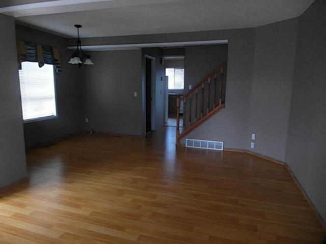 Photo 3: 98 COVENTRY Lane NE in CALGARY: Coventry Hills Townhouse for sale (Calgary)  : MLS(r) # C3610691