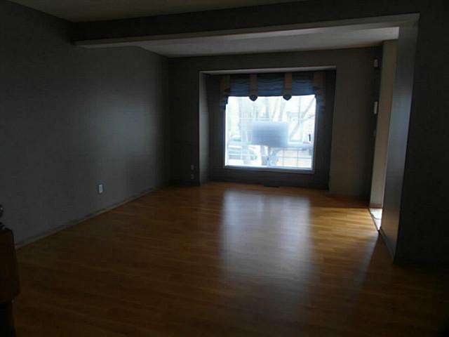Photo 2: 98 COVENTRY Lane NE in CALGARY: Coventry Hills Townhouse for sale (Calgary)  : MLS(r) # C3610691
