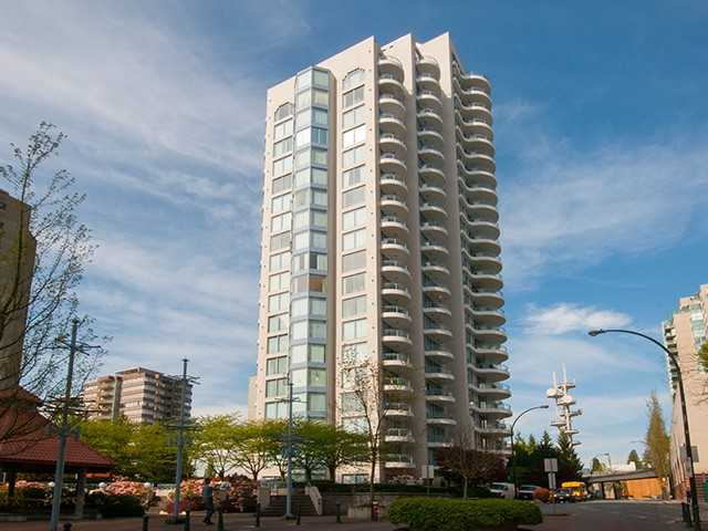 "Photo 1: 2401 719 PRINCESS Street in New Westminster: Uptown NW Condo for sale in ""STIRLING PLACE"" : MLS(r) # V1066867"
