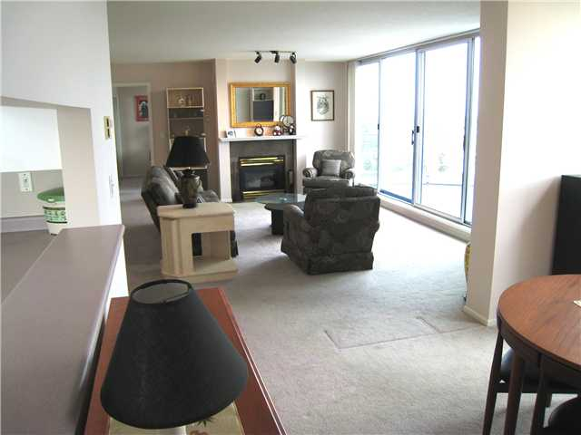 "Photo 10: 2401 719 PRINCESS Street in New Westminster: Uptown NW Condo for sale in ""STIRLING PLACE"" : MLS(r) # V1066867"