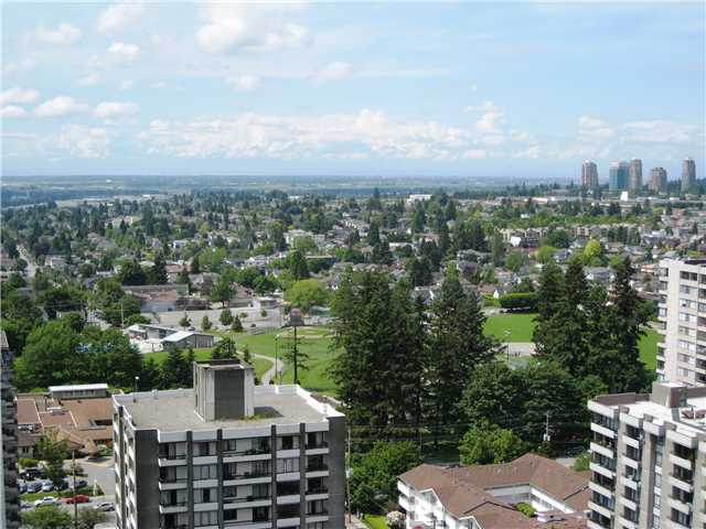 "Photo 13: 2401 719 PRINCESS Street in New Westminster: Uptown NW Condo for sale in ""STIRLING PLACE"" : MLS® # V1066867"