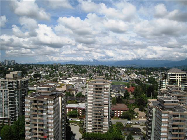 "Photo 15: 2401 719 PRINCESS Street in New Westminster: Uptown NW Condo for sale in ""STIRLING PLACE"" : MLS® # V1066867"