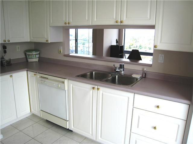 "Photo 6: 2401 719 PRINCESS Street in New Westminster: Uptown NW Condo for sale in ""STIRLING PLACE"" : MLS(r) # V1066867"