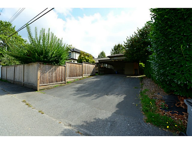 Photo 4: 2125 W 32ND Avenue in Vancouver: Quilchena House for sale (Vancouver West)  : MLS® # V1084360
