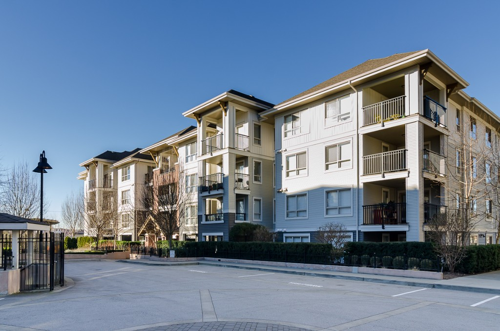 "Main Photo: D401 8929 202ND Street in Langley: Walnut Grove Condo for sale in ""THE GROVE"" : MLS® # F1428782"