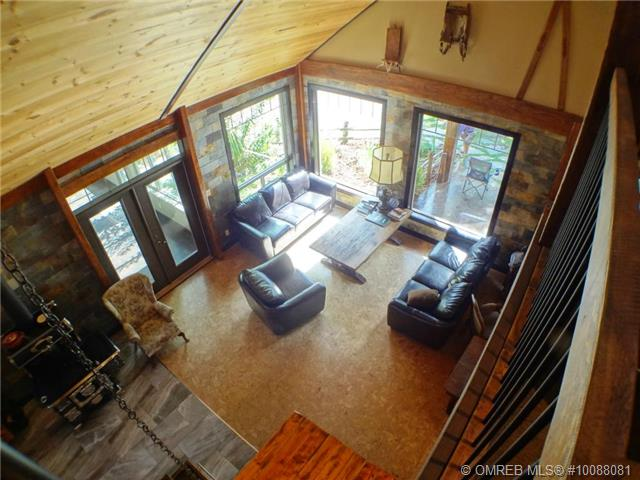 Photo 3: 11 Ladyslipper Road in Lumby: House for sale : MLS(r) # 10088081