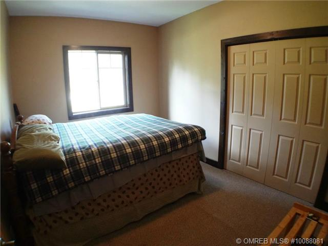 Photo 18: 11 Ladyslipper Road in Lumby: House for sale : MLS(r) # 10088081