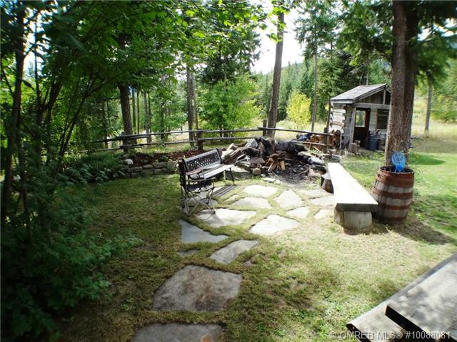 Photo 5: 11 Ladyslipper Road in Lumby: House for sale : MLS(r) # 10088081
