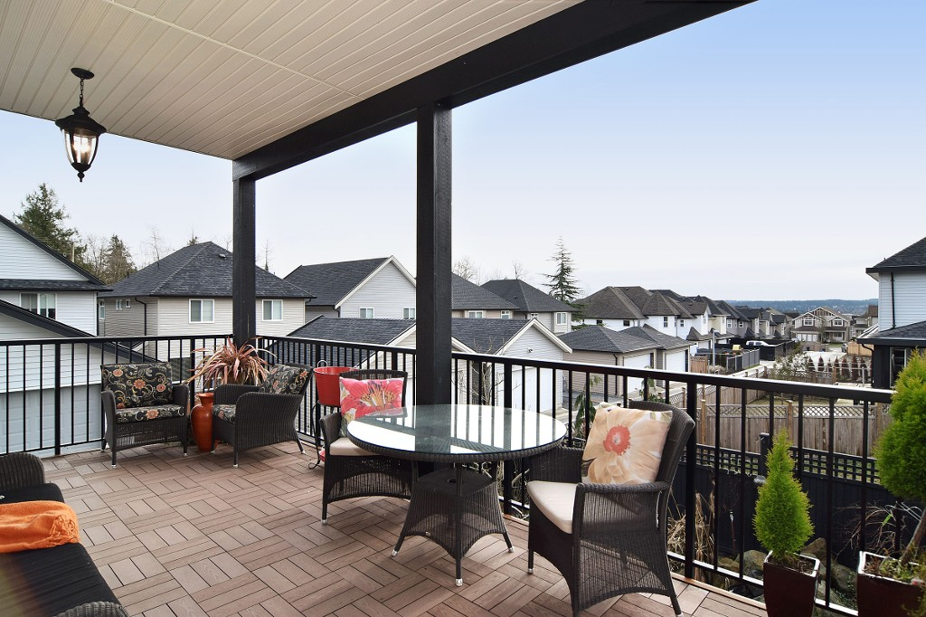 "Photo 35: 20588 69 Avenue in Langley: Willoughby Heights House for sale in ""Tanglewood"" : MLS® # R2026073"