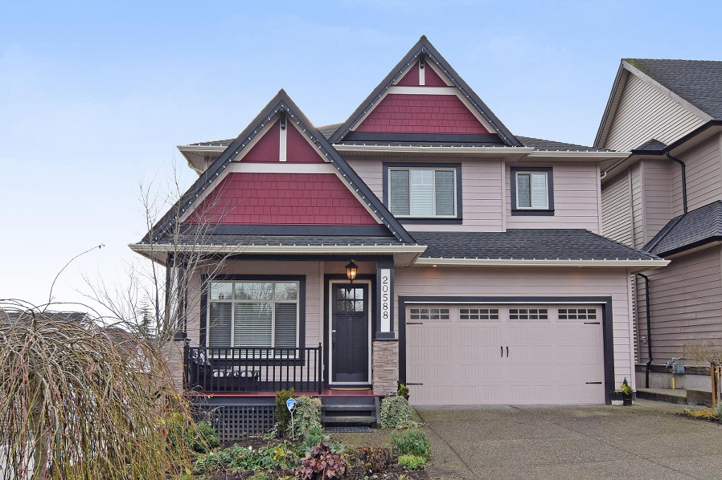 "Main Photo: 20588 69 Avenue in Langley: Willoughby Heights House for sale in ""Tanglewood"" : MLS® # R2026073"