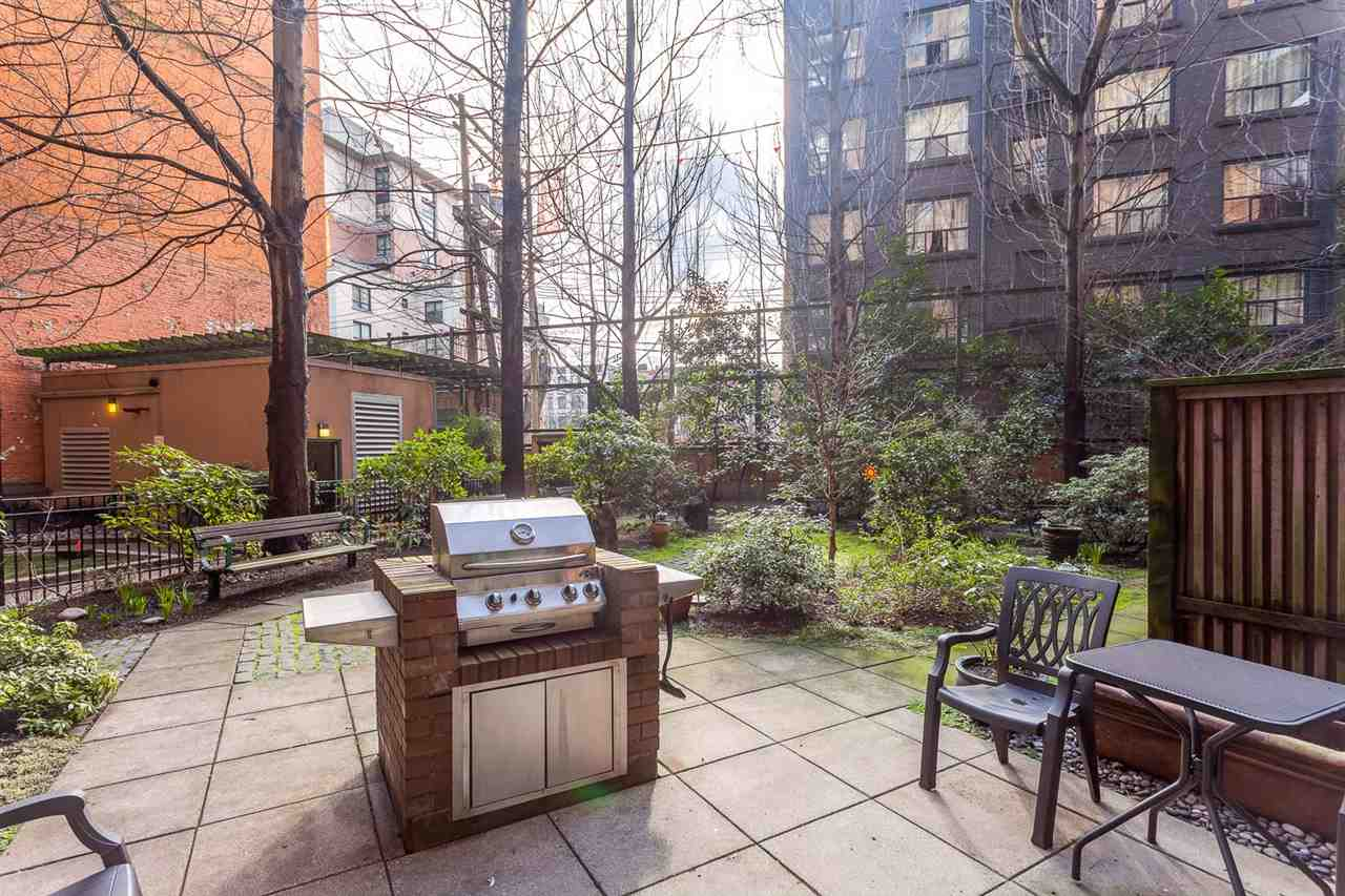 "Photo 17: 209 22 E CORDOVA Street in Vancouver: Downtown VE Condo for sale in ""VAN HORNE"" (Vancouver East)  : MLS(r) # R2035421"