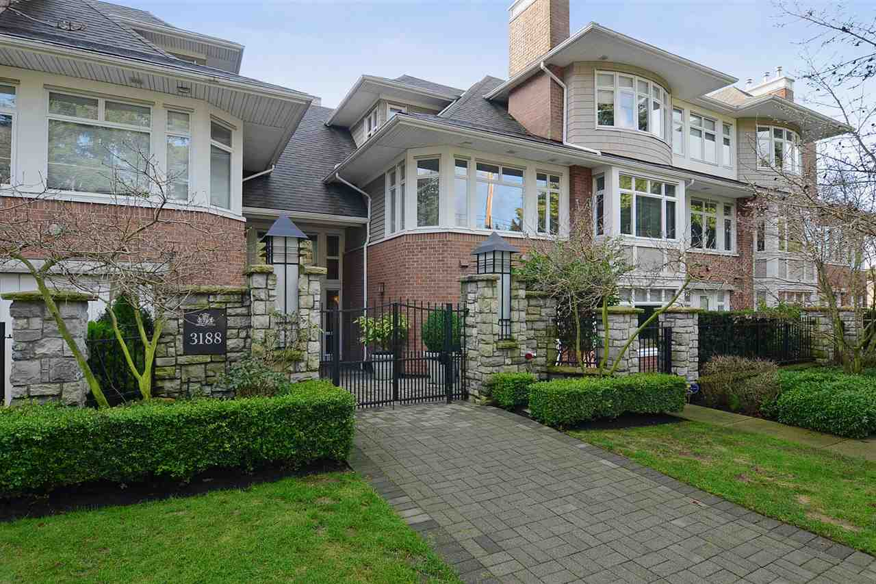 "Main Photo: 310 3188 W 41ST Avenue in Vancouver: Kerrisdale Condo for sale in ""LANESBOROUGH"" (Vancouver West)  : MLS(r) # R2067224"
