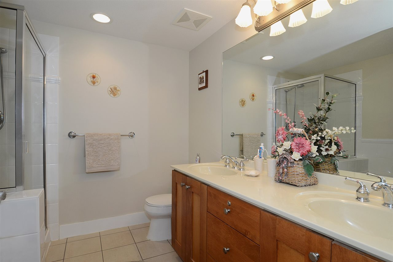 "Photo 9: 310 3188 W 41ST Avenue in Vancouver: Kerrisdale Condo for sale in ""LANESBOROUGH"" (Vancouver West)  : MLS® # R2067224"